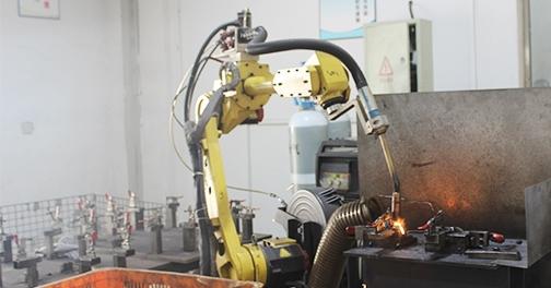 钣金手板定制中的钣金加工厂对技术的要求